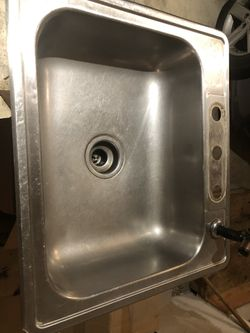 Kitchen sink and new faucet Thumbnail