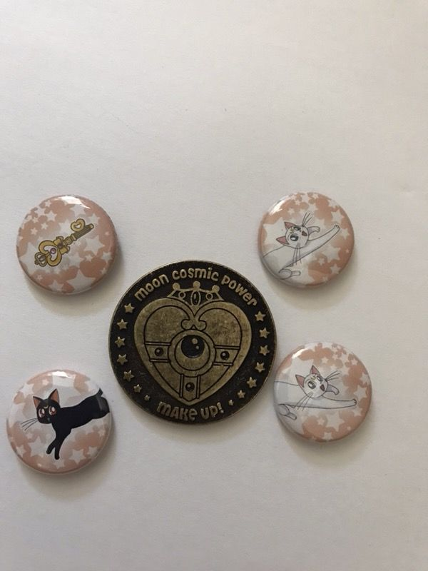 Sailor Moon buttons and Coin