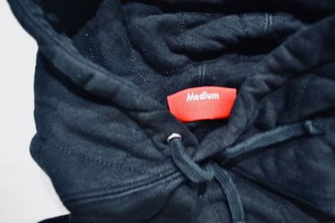 Authentic Supreme Quilted Hoodie Black M Thumbnail