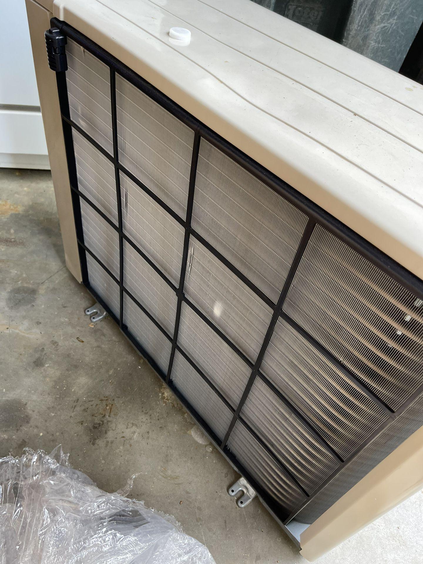Brand New Mitsubisi Ductless Split Condenser 1 1/2 Ton Straight AC