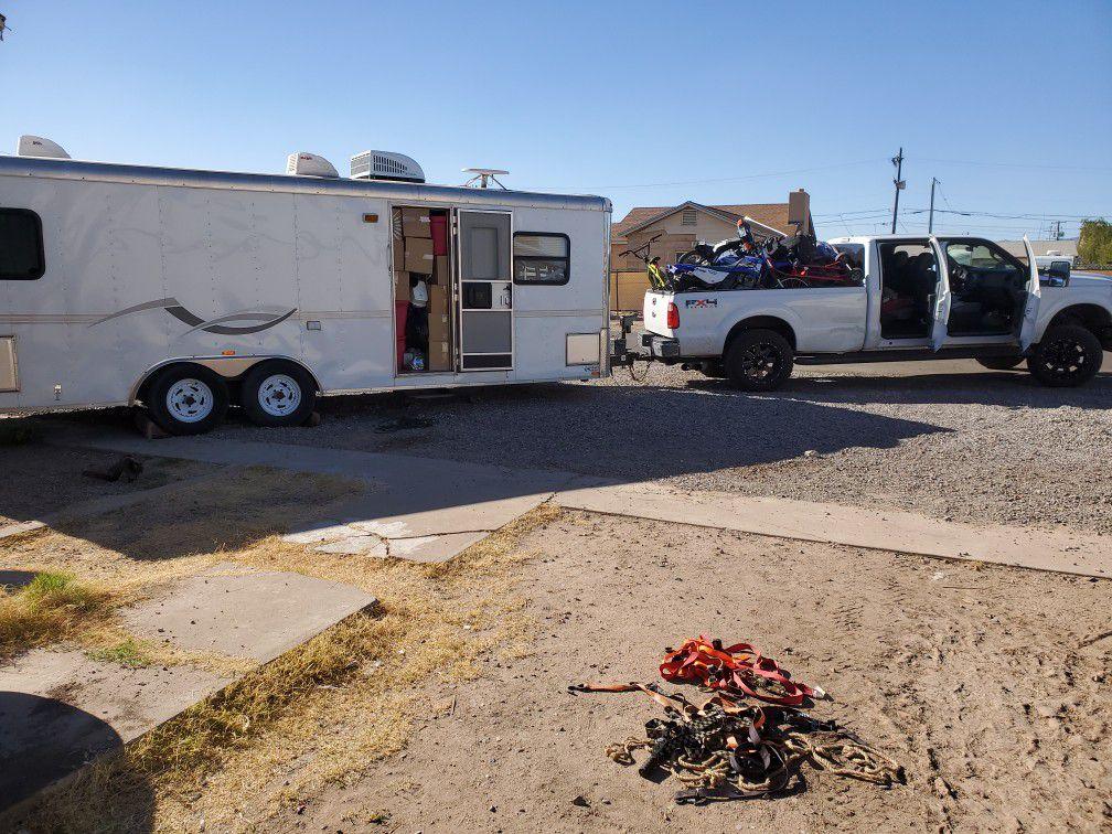 Toyhauler camping trailer