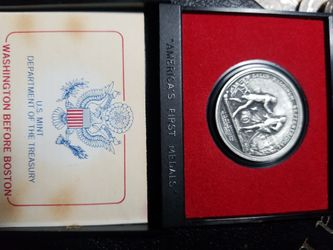 VINTAGE GENERAL HORATIO GATES PEWTER COIN AMERICAN FIRST MEDALS ORIGINAL / CASE  Thumbnail
