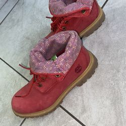 Red Fold Down Timberland Boots Thumbnail