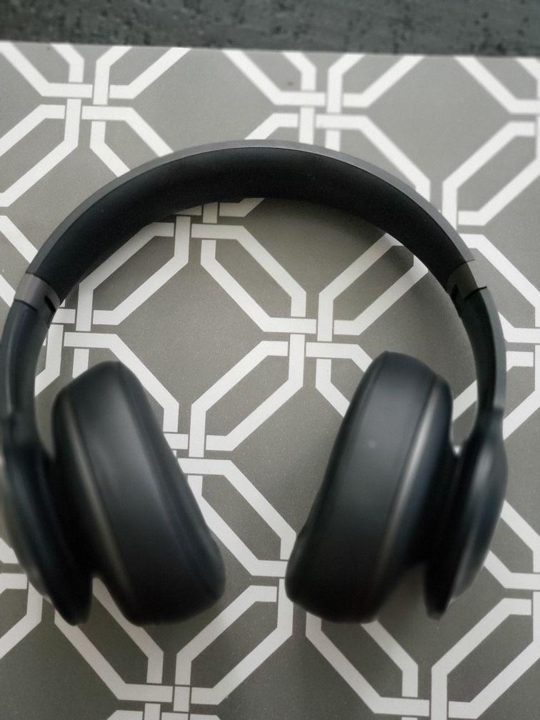 JBL wireless headset