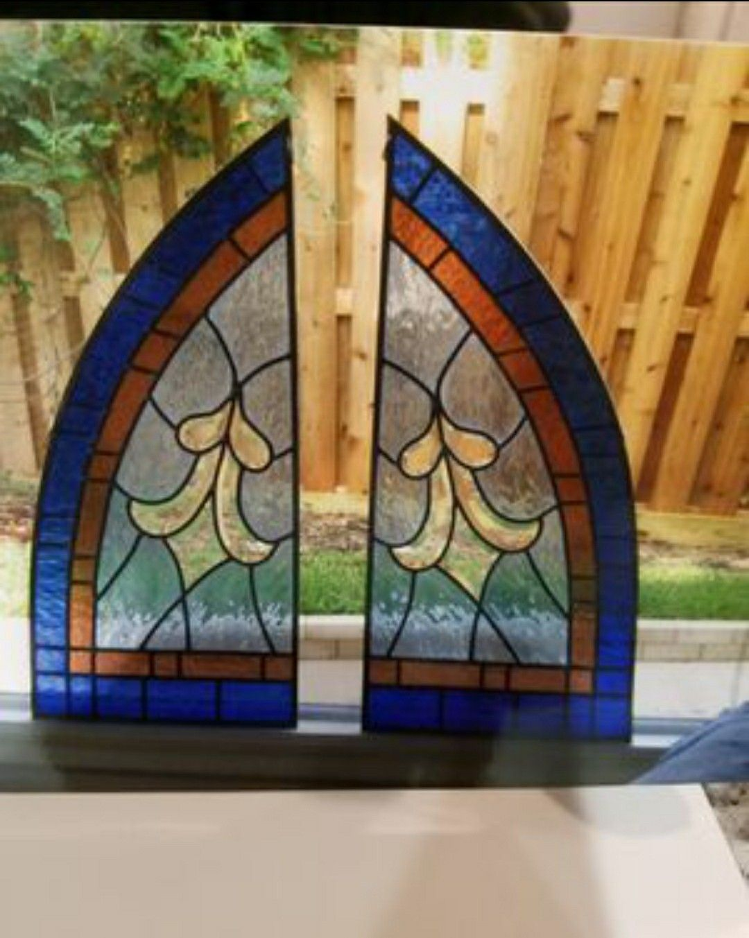 Stained glass (3 pieces)