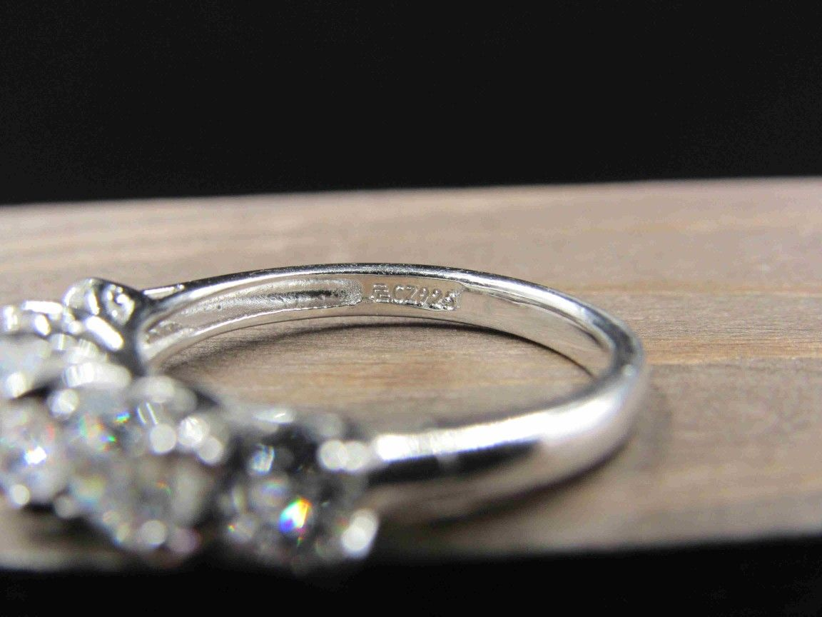 Size 7 Sterling Silver Five Round Cubic Zirconia Band Ring Vintage Statement Engagement Wedding Promise Anniversary Cocktail Friendship