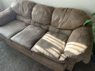 Brown Couch With Oversized Chair Thumbnail