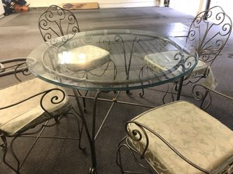 Beautiful Glass 5pc dining nook or patio set Thumbnail