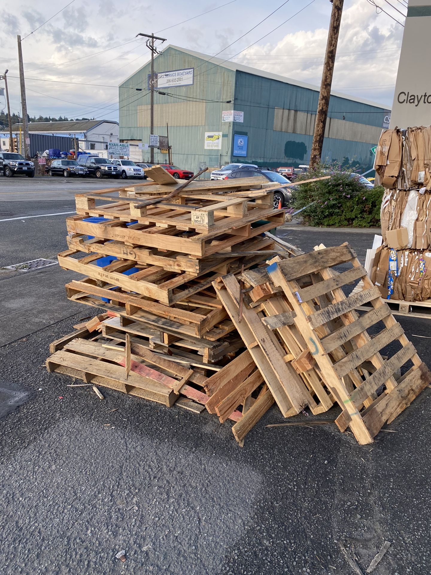 I'll pay $72.00 if you pick up 100% of these ~15 scrap pallets by 11am today
