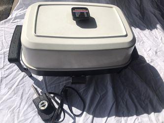 "Presto Countertop ELECTRIC SKILLET Frying Pan 15"" x 11"" Vintage 340G WORKS GREAT Thumbnail"