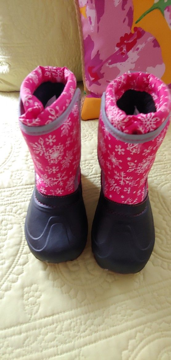 Toddlers Insulated Snow Boots Size 9/10 They Light Up When Walking Brand Members Mark