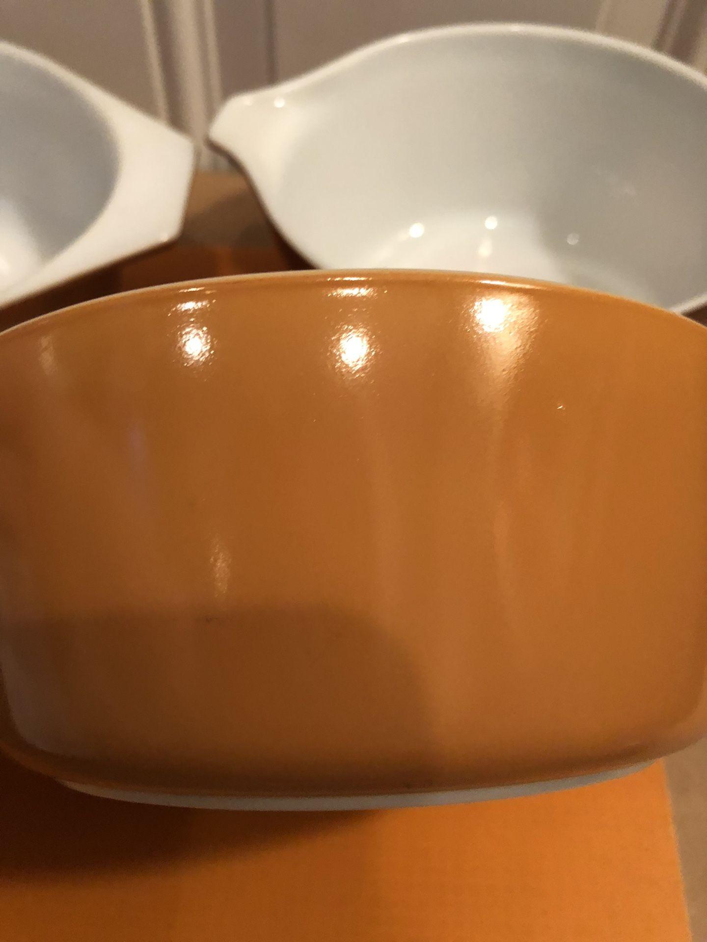 Vintage Pyrex Serving Bowls