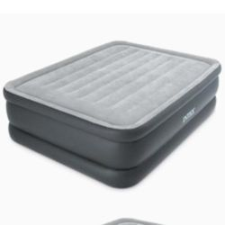 "Intex 22"" Queen Comfort Plush  Airbed Mattress with Built-In Pump Thumbnail"