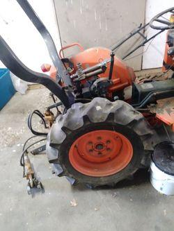 Kubota tractor 6200 Thumbnail