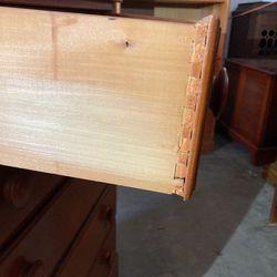 Pine dresser  Thumbnail