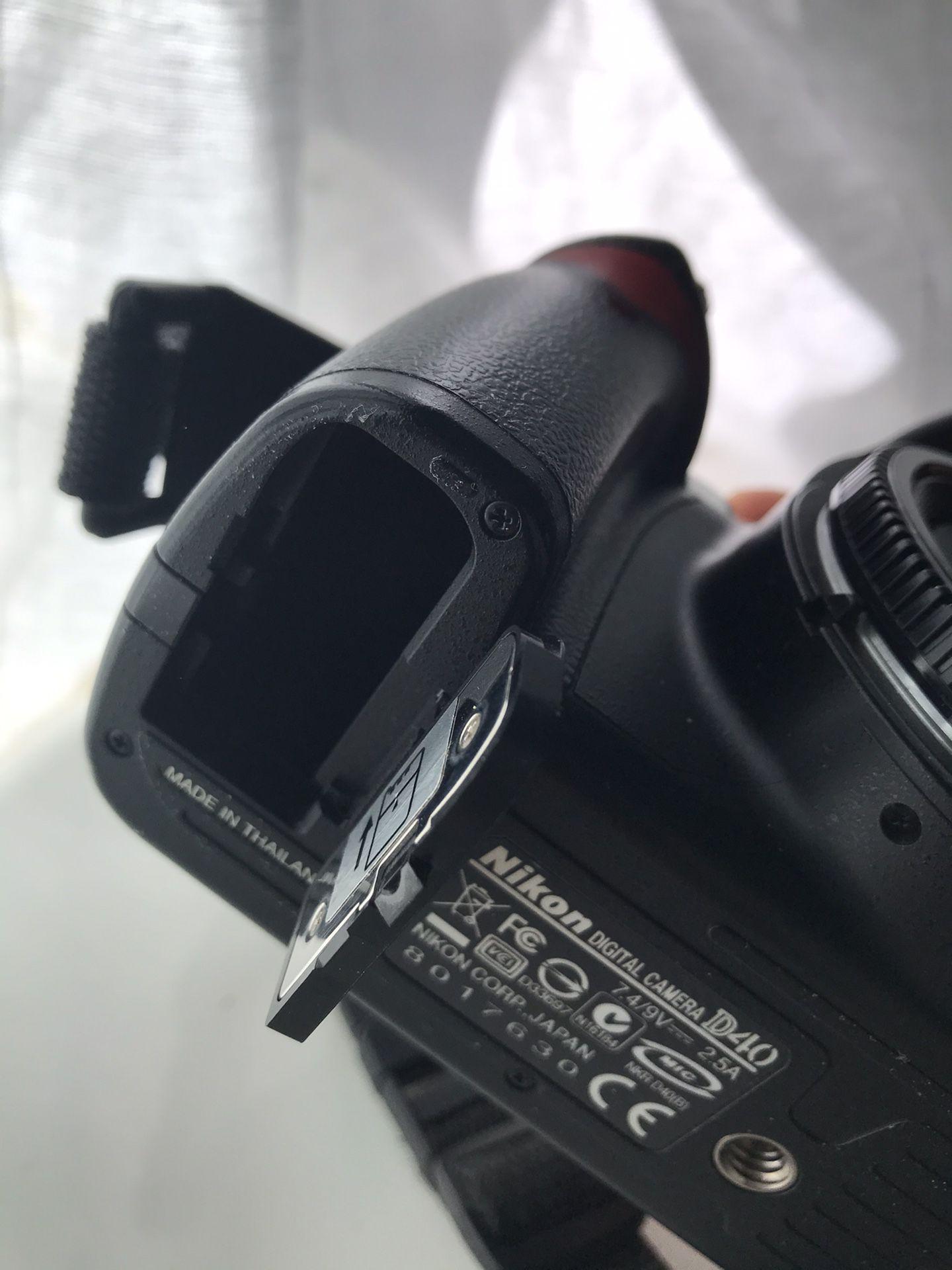 Nikon D40 6.1 MP Digital Camera DSLR Body only