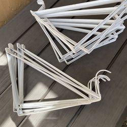 White Heavy-Duty Shelf Bracket and Rod Support Thumbnail