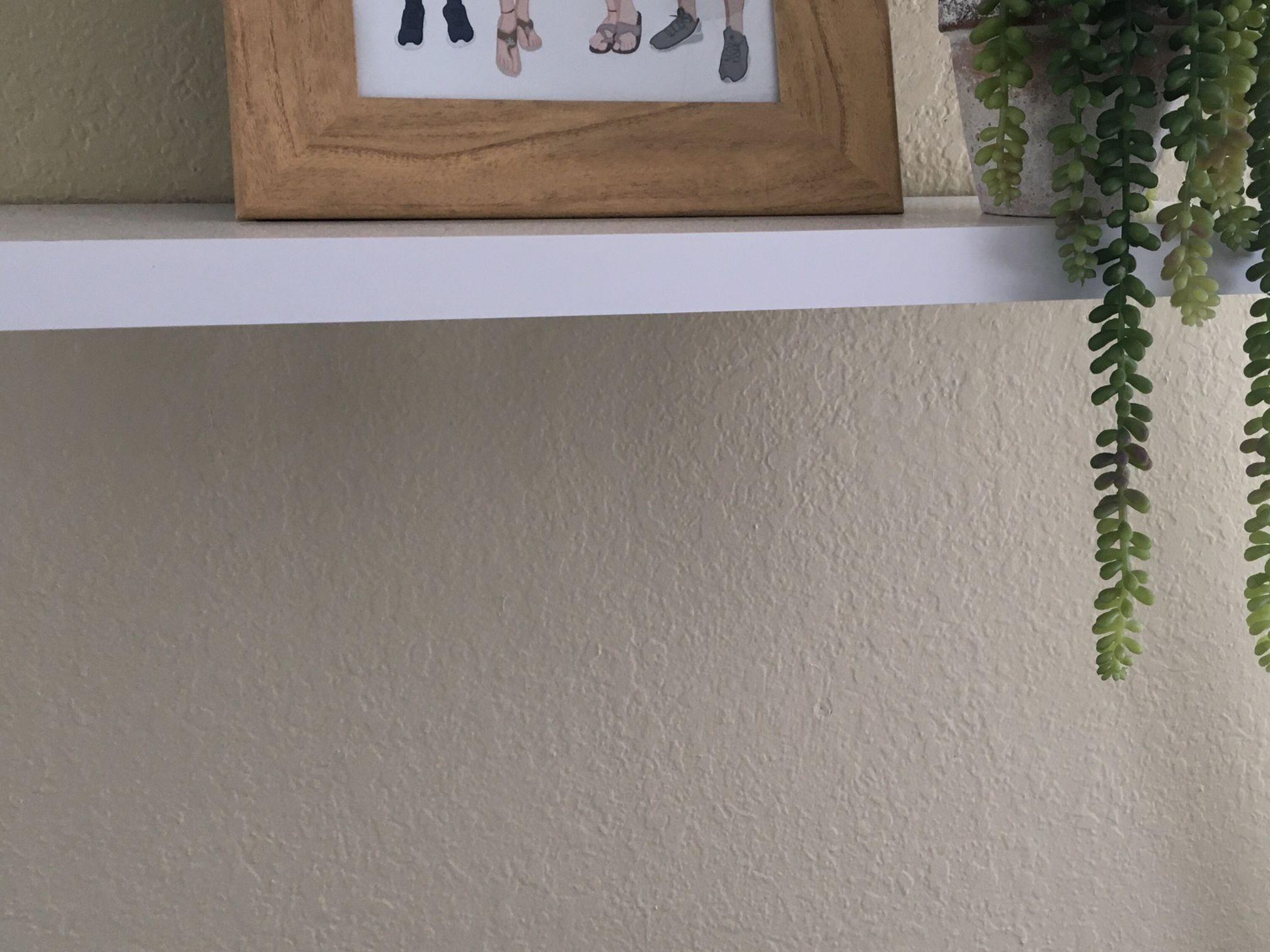 White Wood No Bracket Hanging Shelf