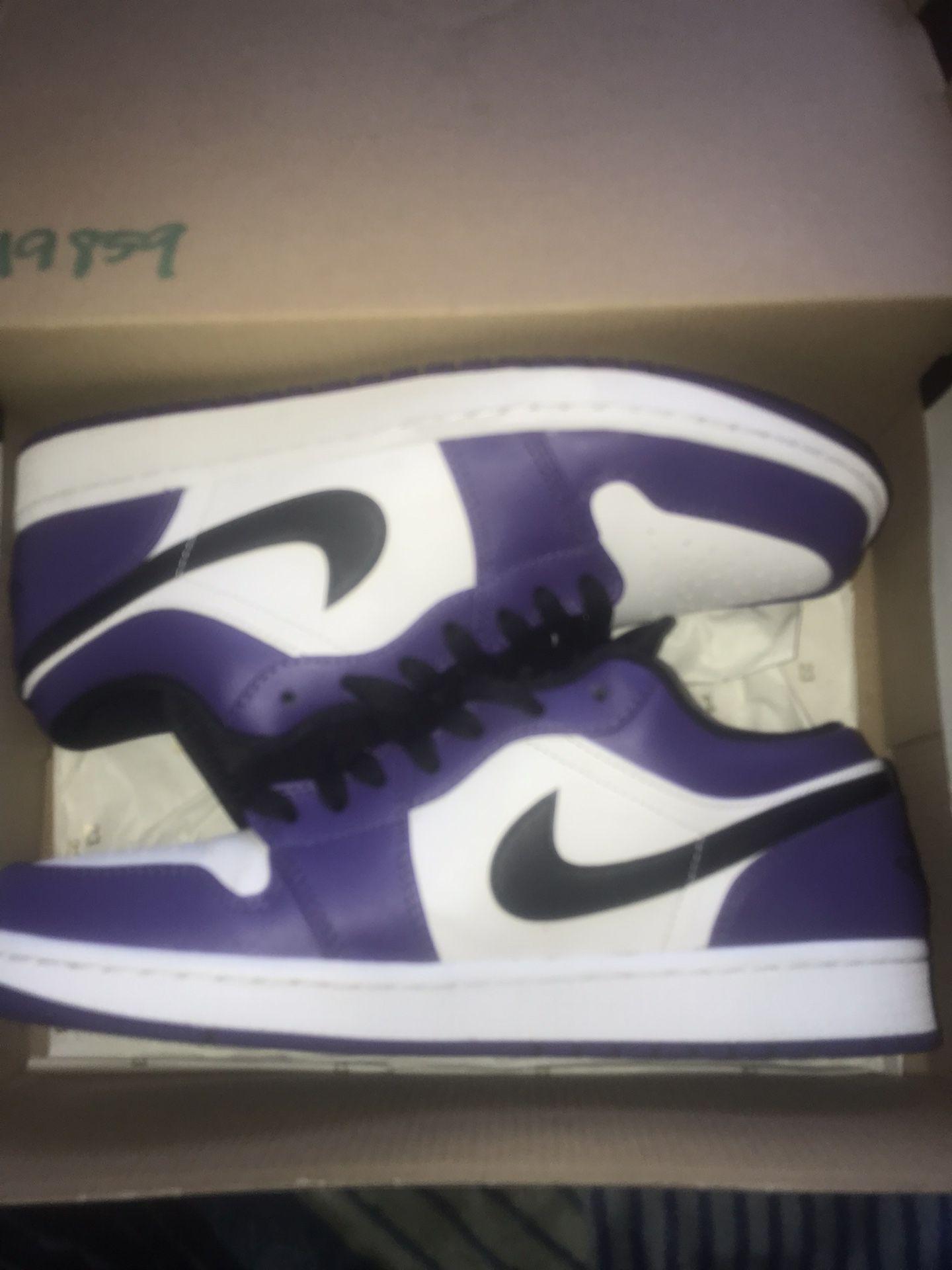 Jordan 1 Court Purple Low Sz 9
