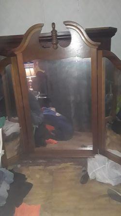 Wall or dresser mirror $10 Thumbnail
