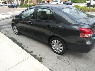 2008 Toyota Yaris Thumbnail