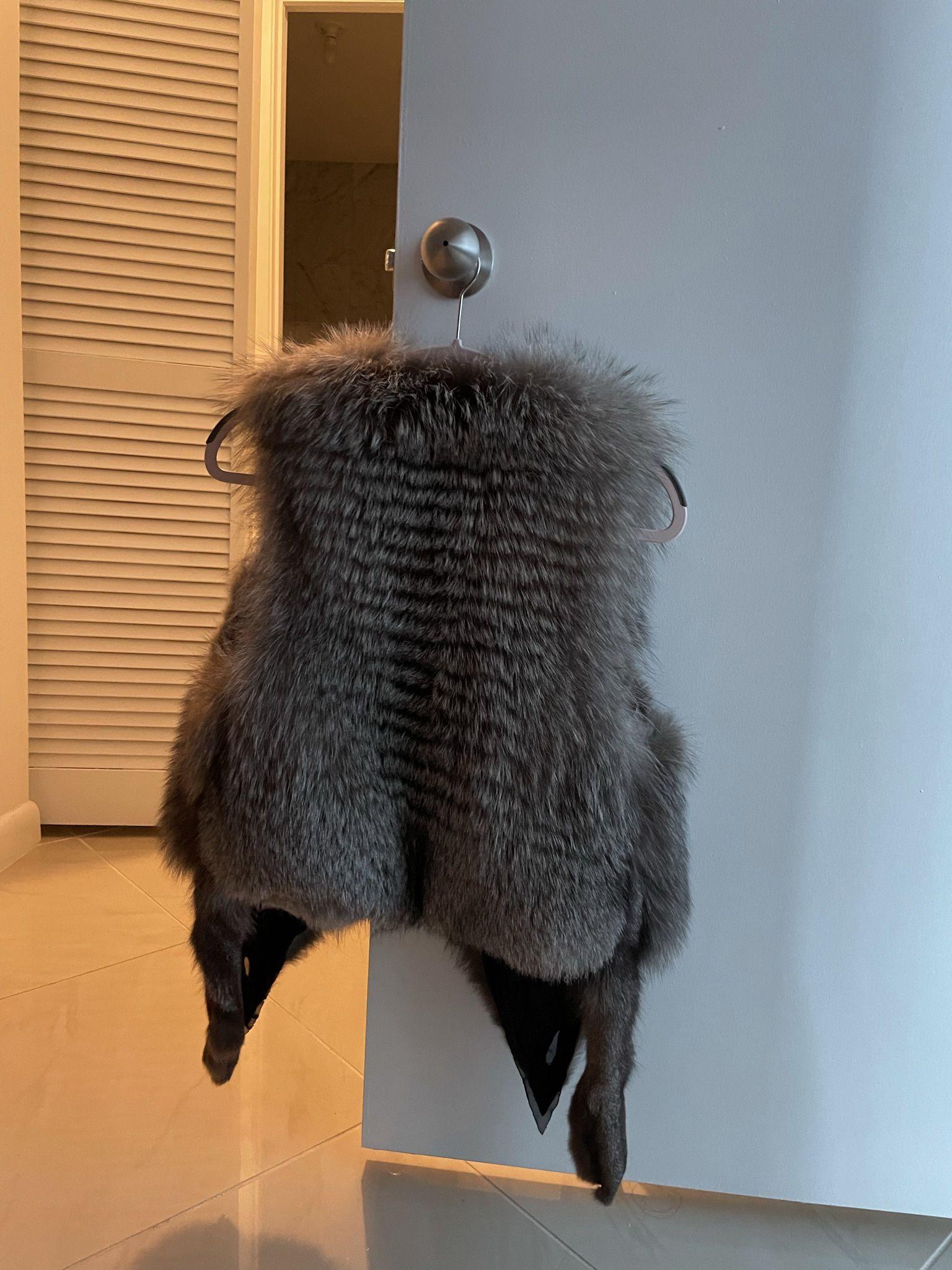 Fur Vest Black Fox
