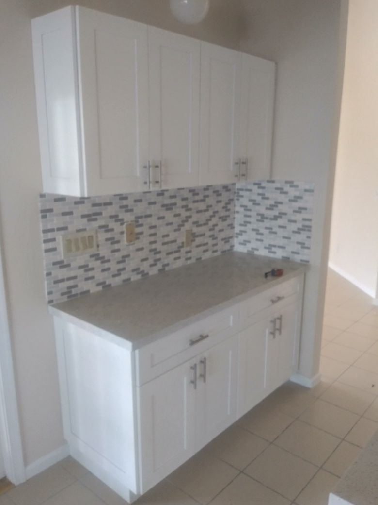 Solid wood kitchen complete with quartz