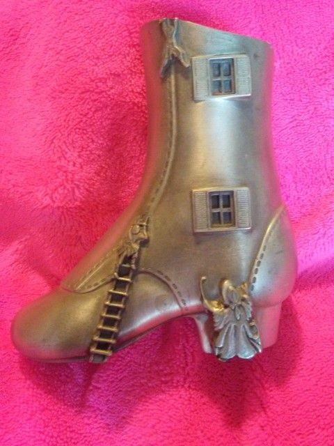 """Pewter """"Little Ol Lady That Lived In A Shoe"""""""