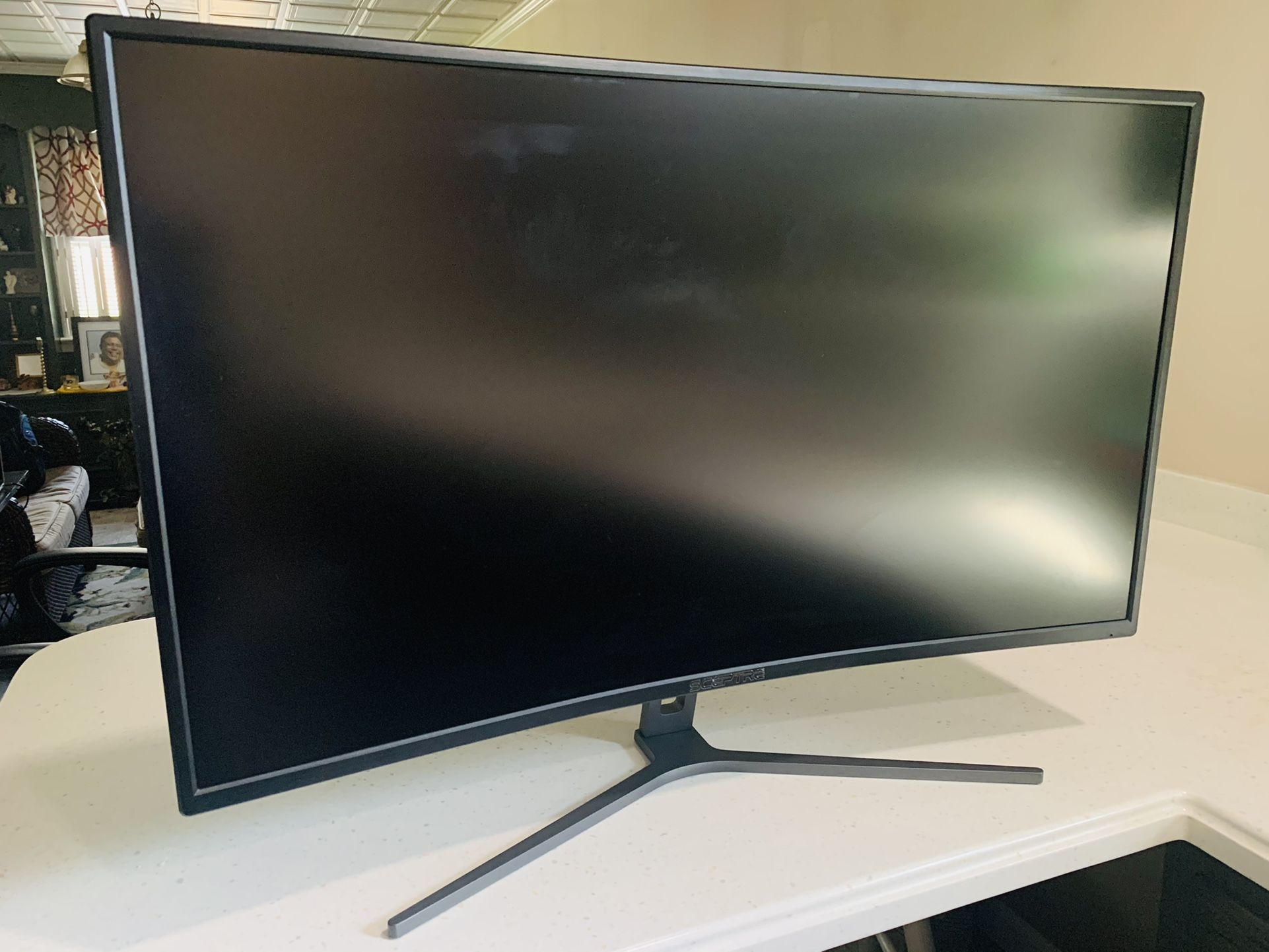 Sceptre Curved 32-inch Monitor