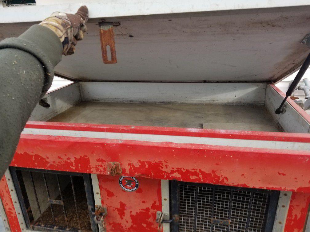 Hunting dog box kennel