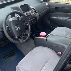 2004 Toyota Prius Thumbnail