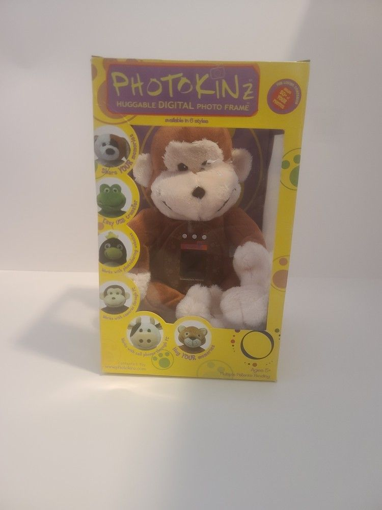 MONKEY Photokinz Huggable Digital Photo Frame Fun Loving Companion it do not come with the cable to connect to the PC