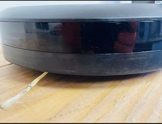 I Robot Romana i7 Self Cleaning Robot Vacuum Thumbnail