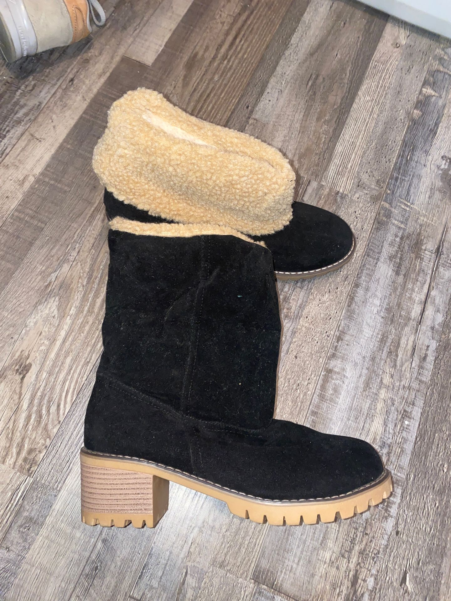 Womens Winter Snow Boots Round Toe Suede Chunky mid Heel Faux Fur Warm Ankle Booties