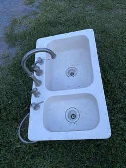 Corian double bowl kitchen sink and faucet Thumbnail