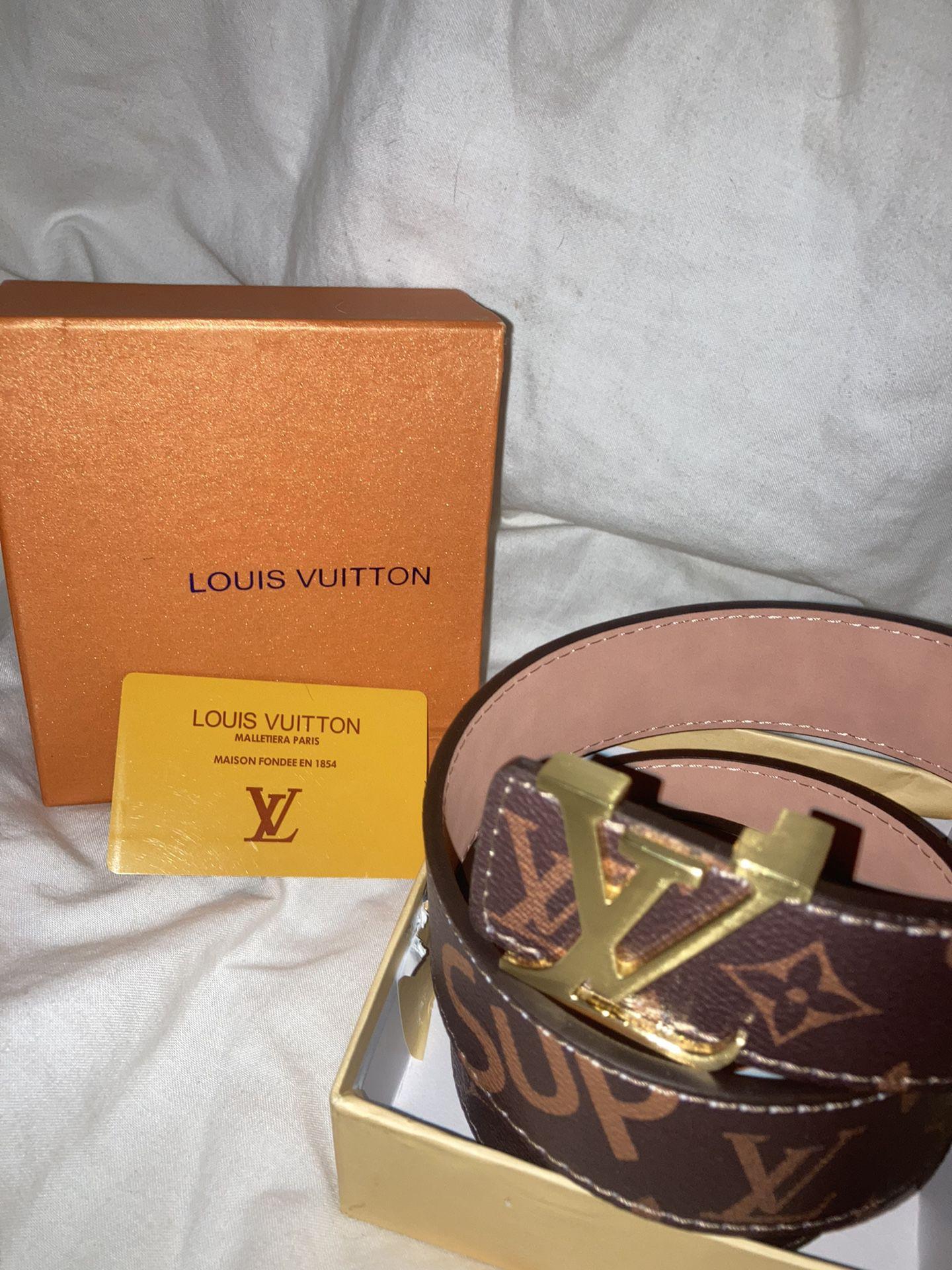 Louis Vuitton, Supreme Belt