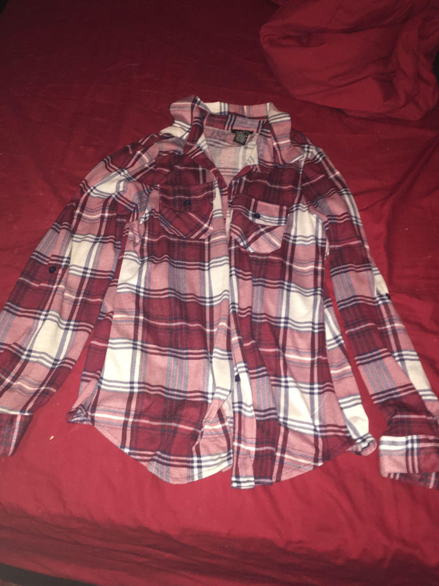 Ladies red and white plaid shirt. Size medium