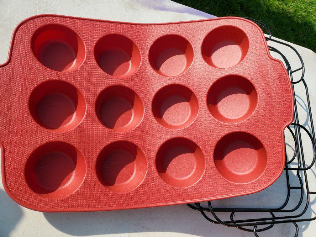 Kitchen Aid cupcake pans set of 2