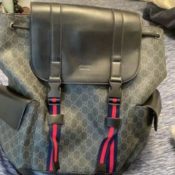 Black Gucci backpack   Thumbnail