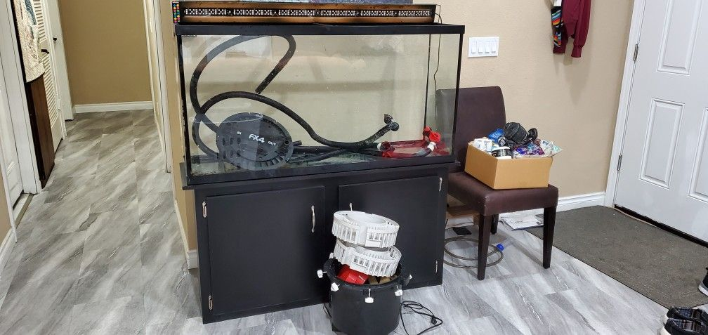 65 Gallon Fish Tank with Stand
