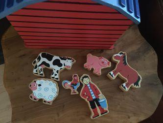 Wood Mini Barn with Animals & Farmer Thumbnail