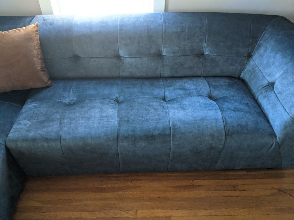 Literally Brand New! Acanva Luxury Mid-Century Tufted Velvet Sectional! Delivery Included!