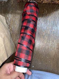 Modern buffalo plaid Christmas package Thumbnail