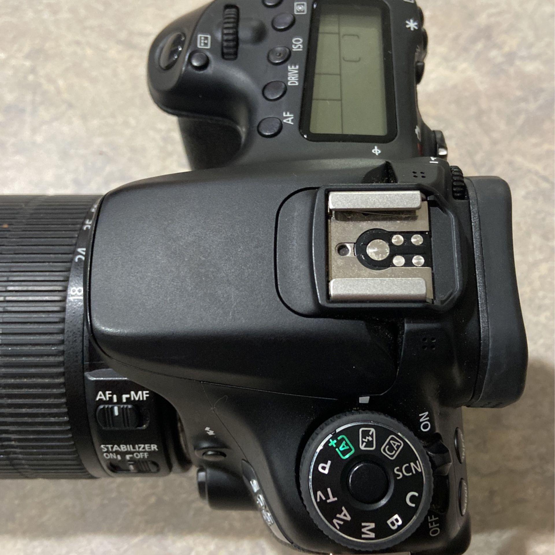 Canon EOS 70D DSLR 18-135mm lense