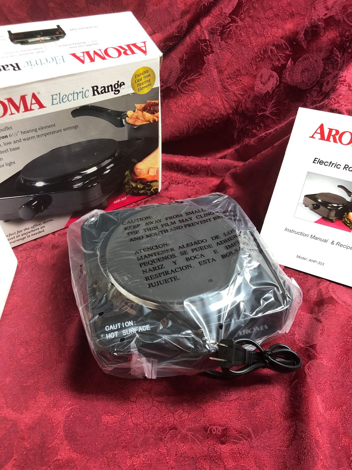 Kitchen Package – Oster Blender / Aroma Electric Range - Hot Plate / Toastmaster 1119 Coffee Grinder