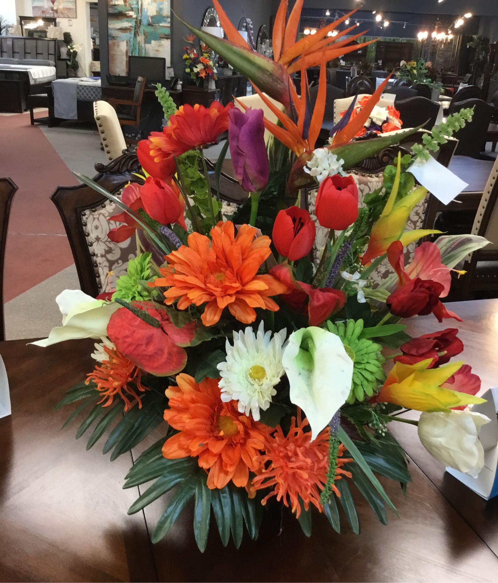 Sara floral collection
