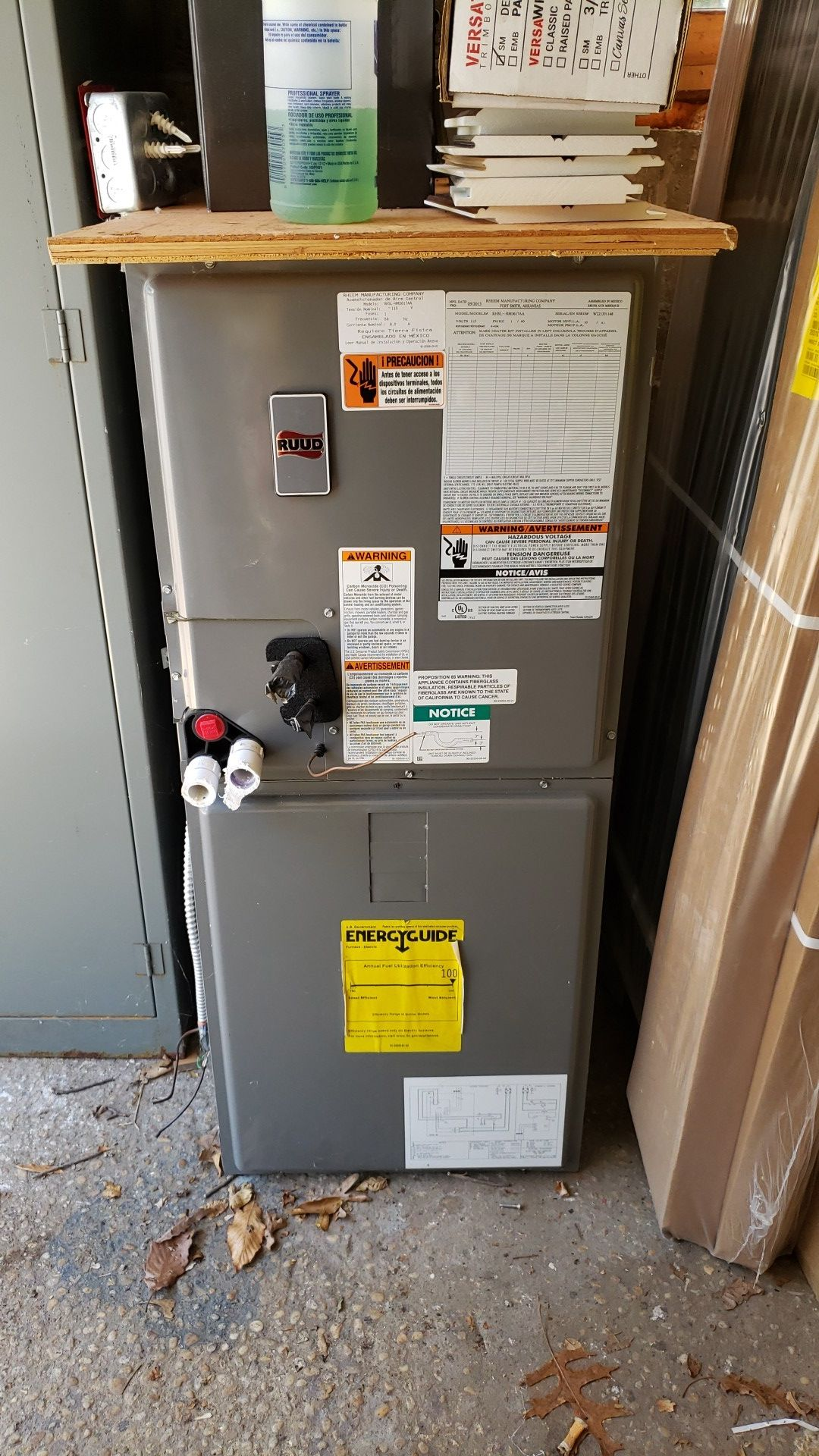 A/C unit with 3 1/2 ton condenser