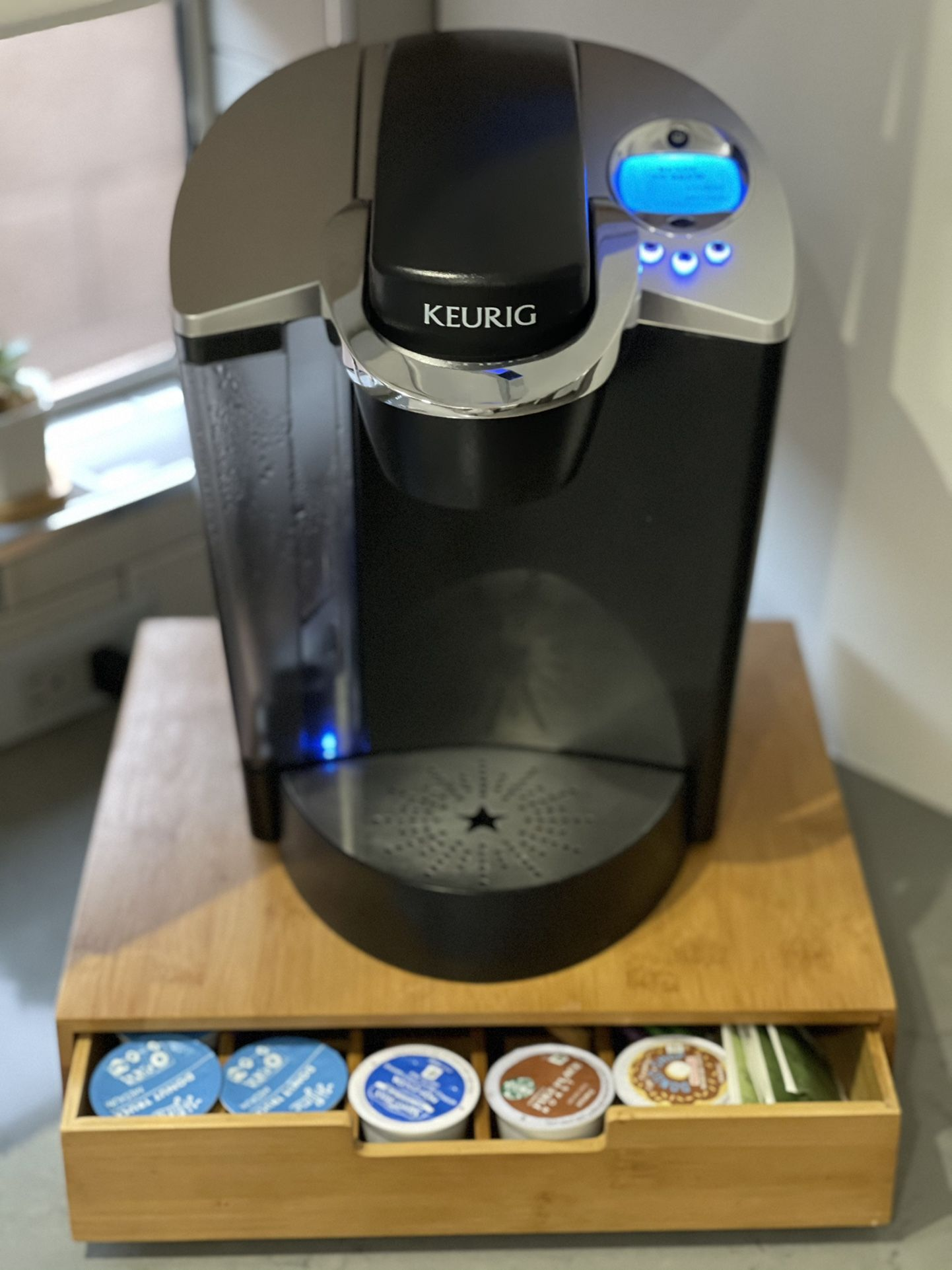 Keurig Special Edition Coffee Maker w/Storage