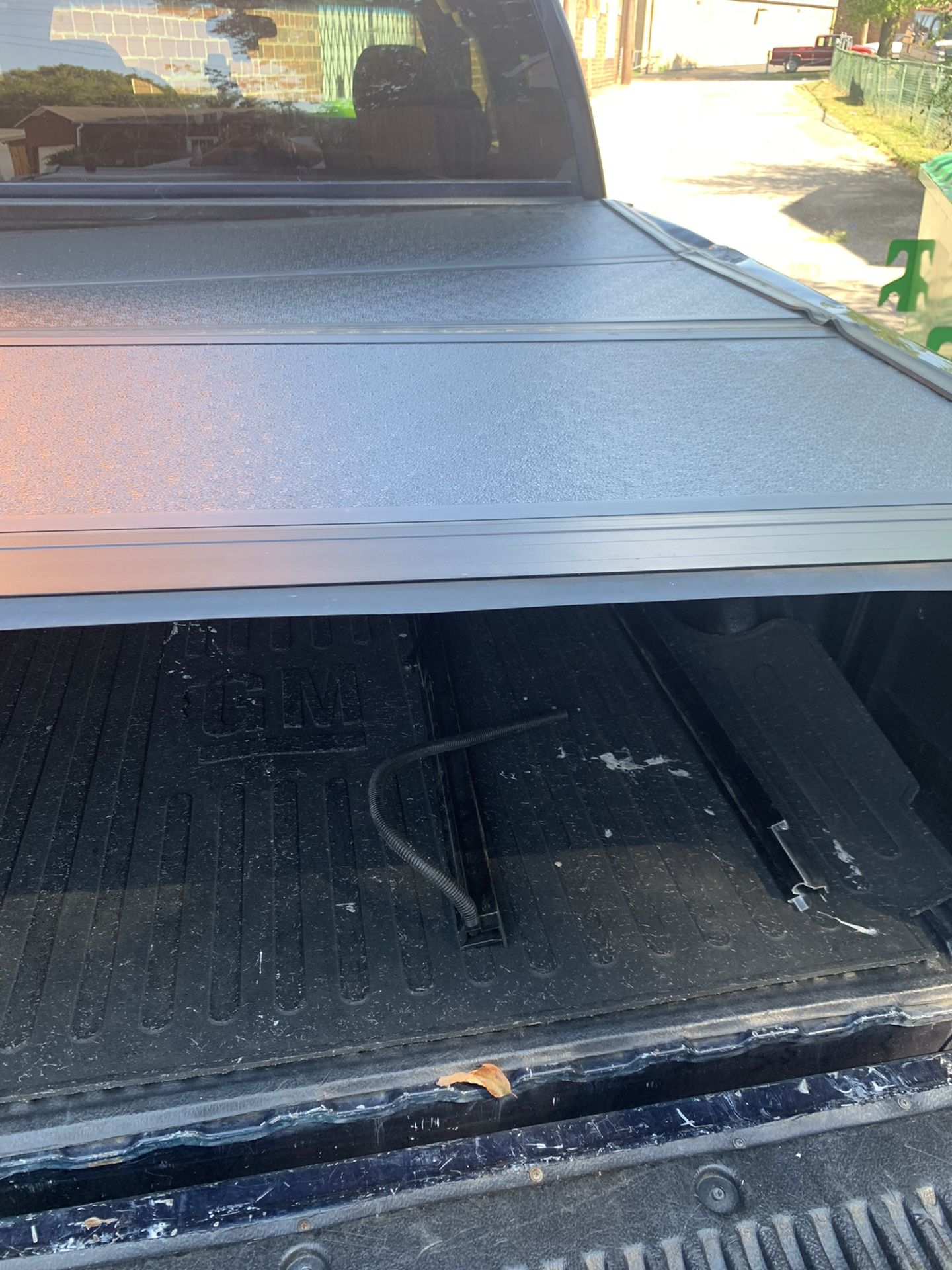 Trifecta soft tonneau cover 6ft Truck