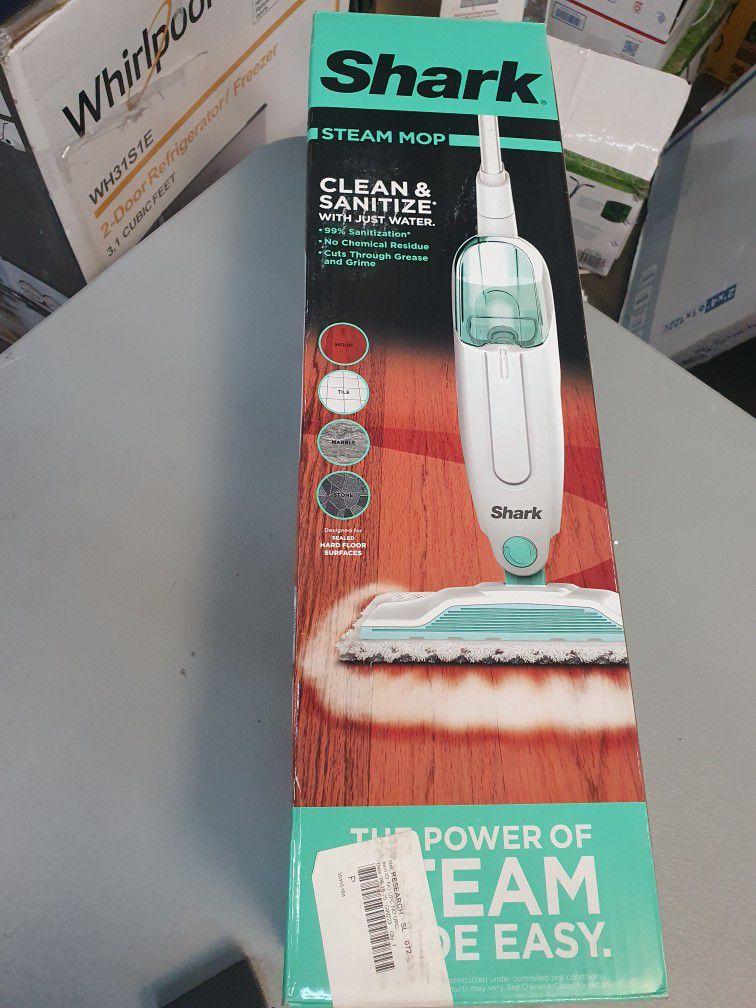 Shark Steam Mop - S1000